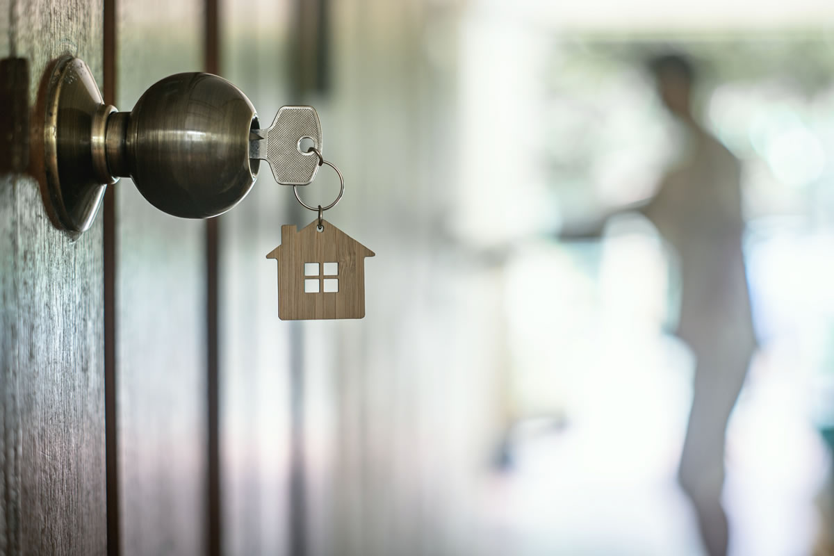 8 Questions to Ask Yourself Before Investing in Property Loan Notes